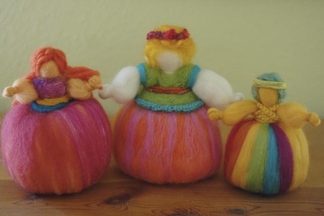 Wool_dolls