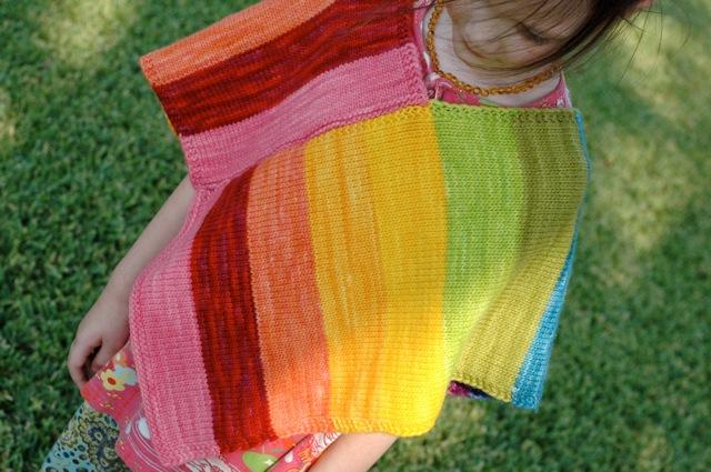 Poncho_rainbow1