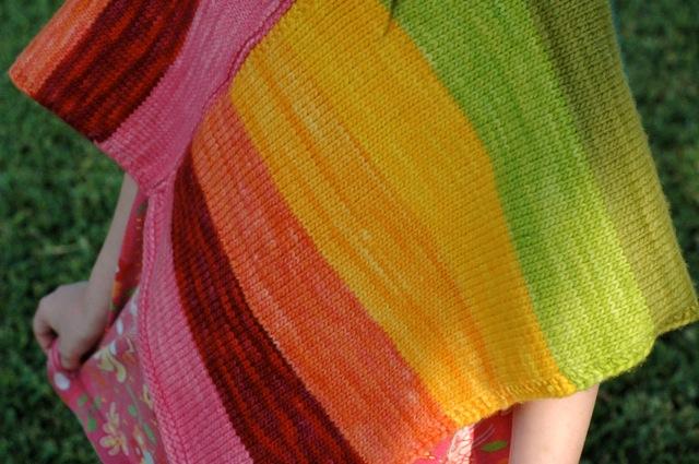 Poncho_rainbow2