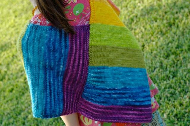 Poncho_rainbow3