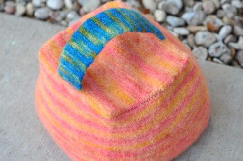 Felted_doorstop2
