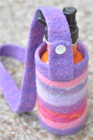 Waterbottlecarrier_purplemulti