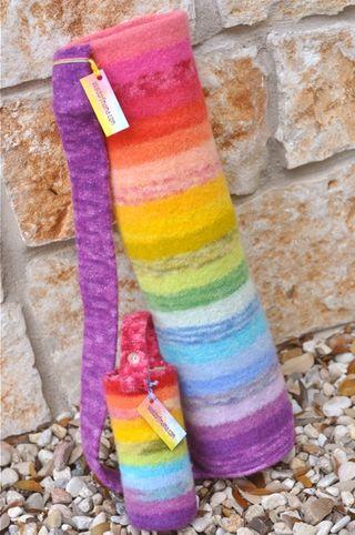 Feltedyogamat_waterbottle_rainbow